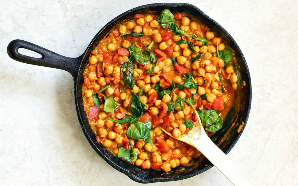 Chickpea, Spinach And Tomato Curry